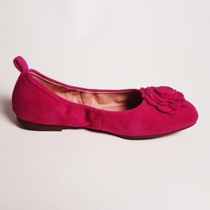 Taryn Rose  Pink Suede Ballet Flats